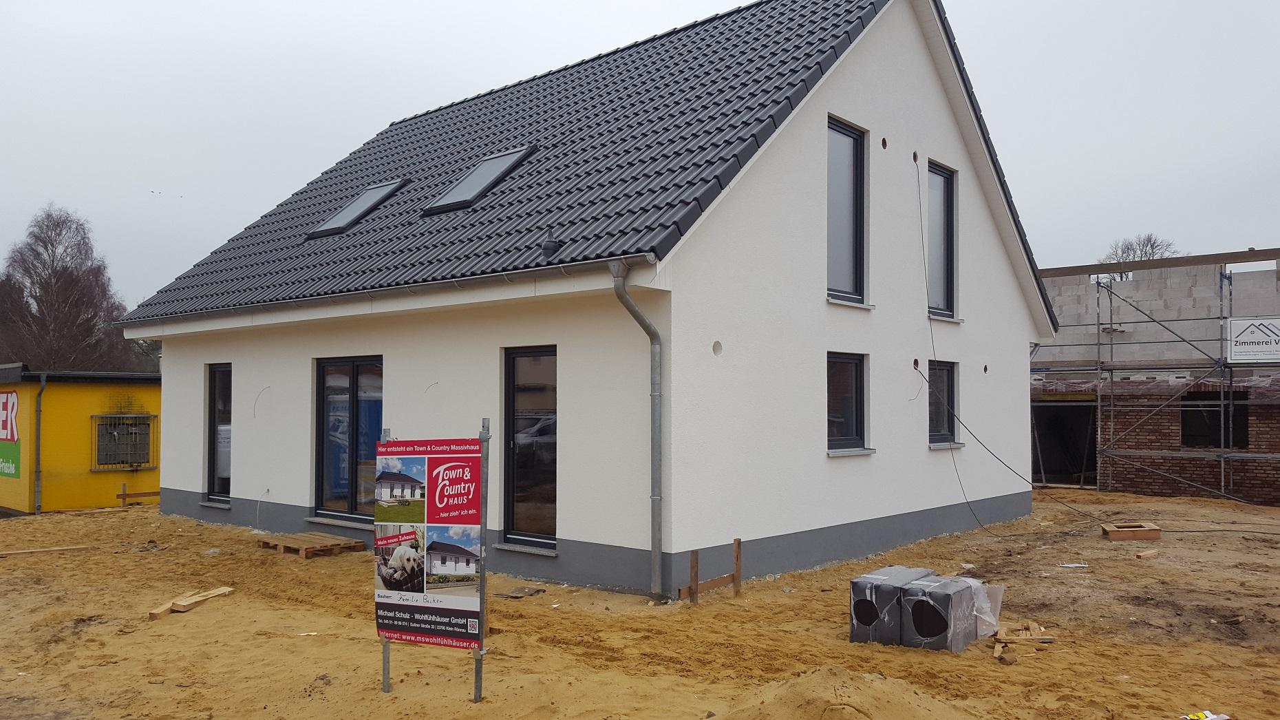 Fassade-Dach-Fenster